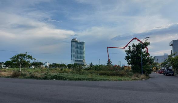 Đà Nẵng truy thu được 636,5 tỉ tiền sai phạm đất đai - Ảnh 1.