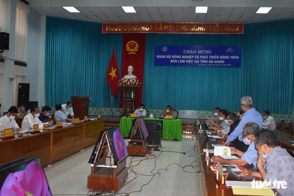 Bộ trưởng Lê Minh Hoan: Làm nông hiện nay phải tính đến thương hiệu - Ảnh 1.