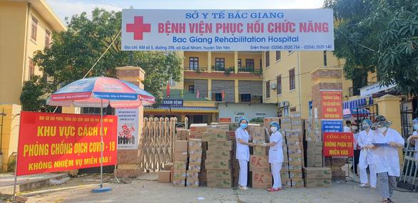 Mondelez Kinh Đô ủng hộ hơn 5 tỉ đồng hàng thực phẩm hỗ trợ chống dịch - Ảnh 2.