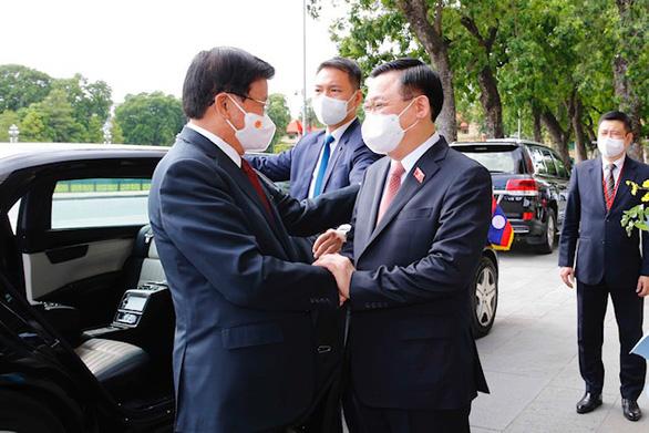 Việt Nam, Lào bàn về Biển Đông và nguồn nước Mekong - Ảnh 2.