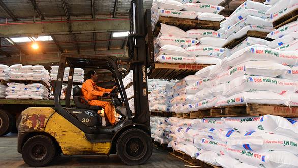 Cần tạm ngưng xuất khẩu phân bón - Ảnh 1.