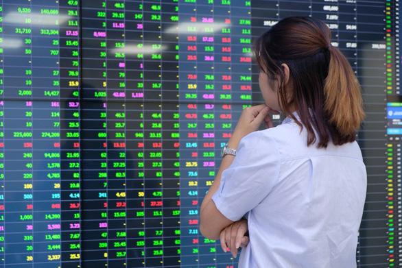 50 công ty niêm yết tốt nhất Việt Nam có doanh thu hơn 1,2 triệu tỉ đồng - Ảnh 1.