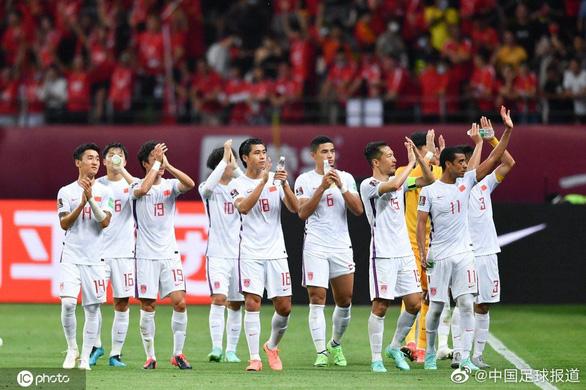AFC tiếp tục ăn hiếp bóng đá Trung Quốc với yêu cầu... vô liêm sỉ - Ảnh 1.
