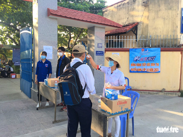 Hơn 13.000 học sinh Khánh Hòa thi vào lớp 10 - Ảnh 2.