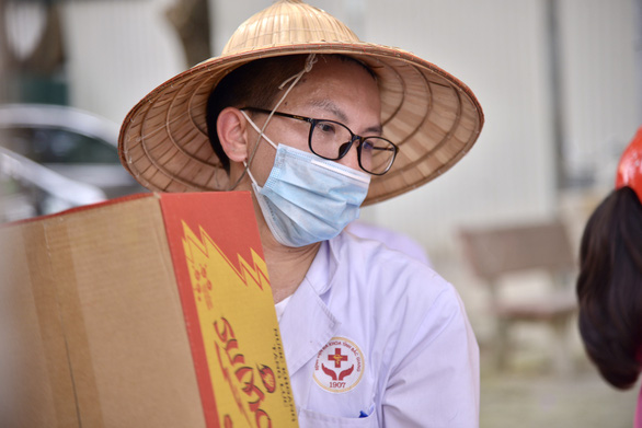Hơn 100.000 lao động trọ ở Bắc Giang, Bắc Ninh vẫn cần được hỗ trợ - Ảnh 1.