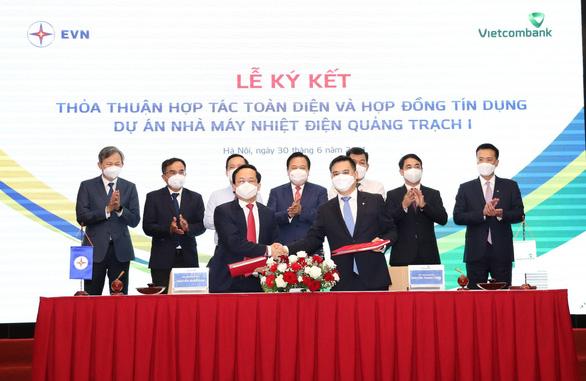 Cấp hợp đồng tín dụng 27.100 tỉ đồng cho dự án nhiệt điện Quảng Trạch 1 - Ảnh 1.