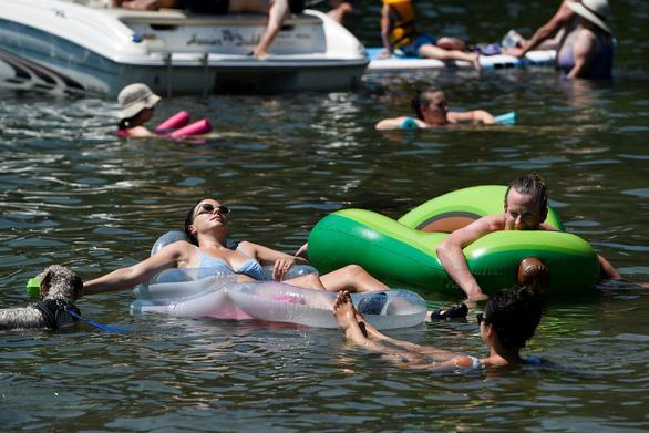 Canada thêm ít nhất 233 người chết vì nắng nóng kỷ lục - Ảnh 2.