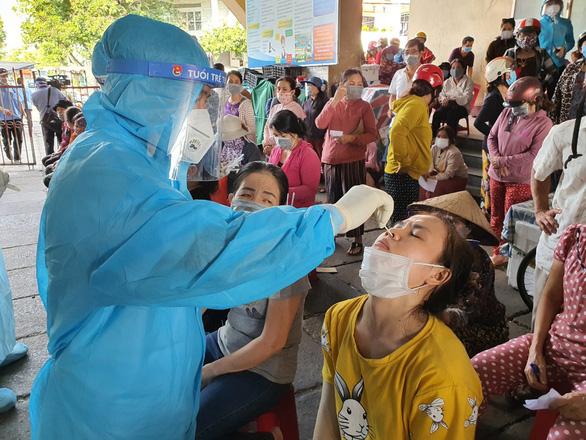 Chủ tịch tỉnh giải thích vì sao dịch COVID-19 lan nhanh ở Phú Yên  - Ảnh 2.
