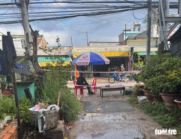 Từ 7h hôm nay 1-7: Giãn cách xã hội thị trấn Long Bình theo chỉ thị 15, một số nơi theo chỉ thị 16 - Ảnh 2.