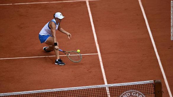 Tay vợt nữ số 1 thế giới Ashleigh Barty rút lui khỏi Pháp mở rộng - Ảnh 1.