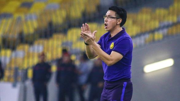 CĐV Malaysia nổi giận sau trận thua UAE, HLV Tan Cheng Hoe hứa thắng Việt Nam - Ảnh 1.