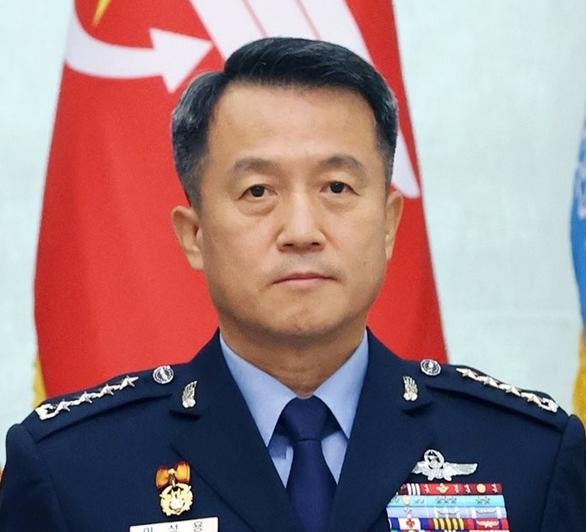Người bị quấy rối tự sát, tướng Hàn Quốc mất chức - Ảnh 2.