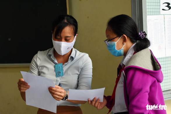 Hơn 21.000 thí sinh Đồng Nai tuân thủ phòng dịch, tham dự kỳ thi tuyển vào lớp 10 - Ảnh 7.