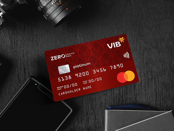 VIB ghi dấu ấn đổi mới và sáng tạo trong mảng thẻ - Ảnh 2.