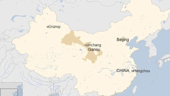 Tàu hỏa đâm chết 9 công nhân sửa chữa đường sắt ở Trung Quốc - Ảnh 1.