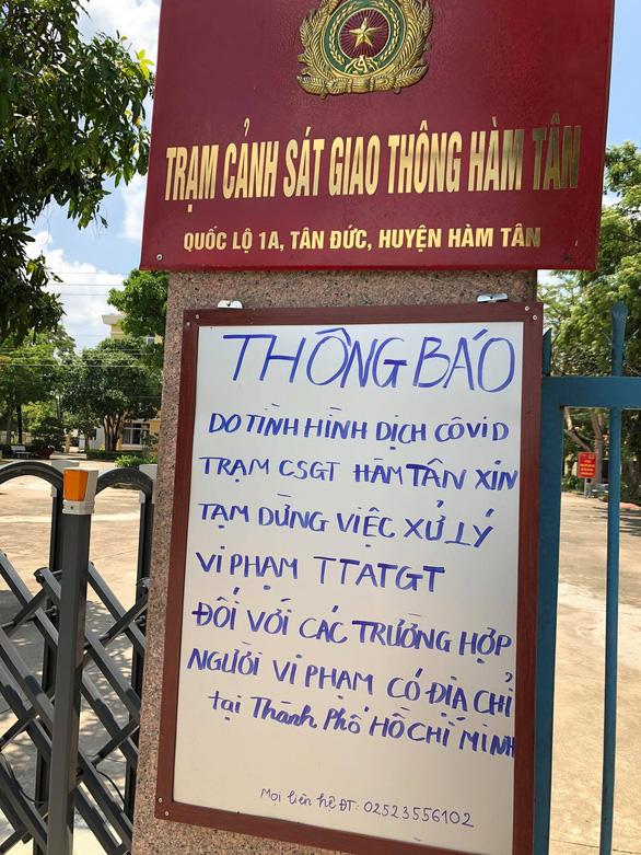 Bình Thuận tạm dừng xử lý vi phạm giao thông đối với người ở TP.HCM - Ảnh 2.