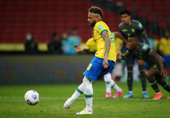 Sút phạt đền hai lần mới thành bàn, Neymar giúp Brazil đánh bại Ecuador - Ảnh 3.