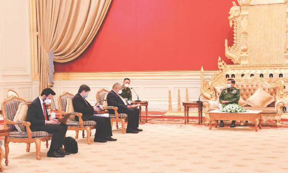 Lãnh đạo quân sự Myanmar: Chỉ bầu cử khi tình hình trở lại bình thường - Ảnh 1.