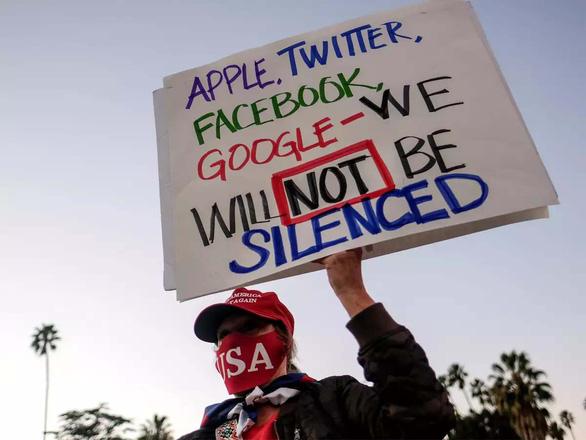 Facebook thu hồi kim bài miễn tử của các nguyên thủ và chính trị gia - Ảnh 1.
