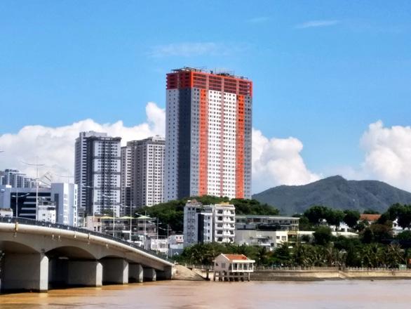 Hàng trăm dự án tại Khánh Hòa phải định lại giá đất để thu tiền cho Nhà nước - Ảnh 1.