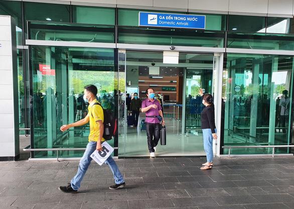 Phú Quốc muốn tạm dừng các chuyến bay nội địa đến đảo ngọc - Ảnh 1.