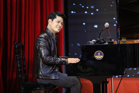 Hoai Linh stopped being a judge Challenge comedians - Photo 4.