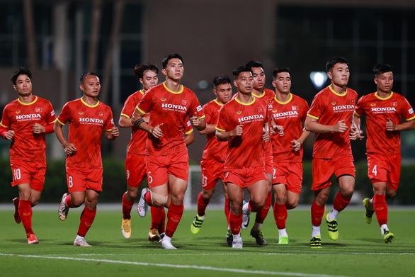 Mời bạn đọc theo dõi trận Việt Nam - Indonesia và dự đoán Cầu thủ Việt Nam xuất sắc nhất trận - Ảnh 1.