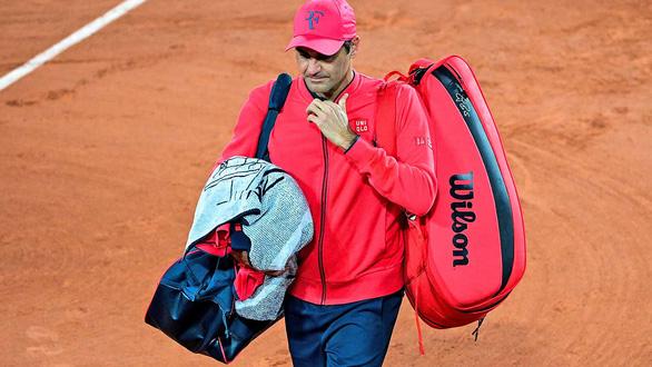 Serena Williams bị loại sớm, Federer rút lui khỏi Roland Garros - Ảnh 1.