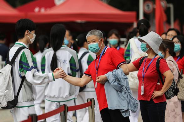Trung Quốc đảm bảo an toàn cho hơn 10 triệu thí sinh thi đại học thế nào? - Ảnh 2.