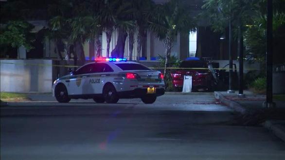 3 người chết, 6 người bị thương trong vụ xả súng ở tiệc tốt nghiệp - Ảnh 1.