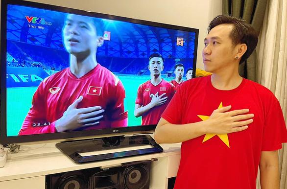 Tiến Luật, Hồ Việt Trung, Khánh Vân... ăn mừng Việt Nam chiến thắng 4-0 - Ảnh 4.