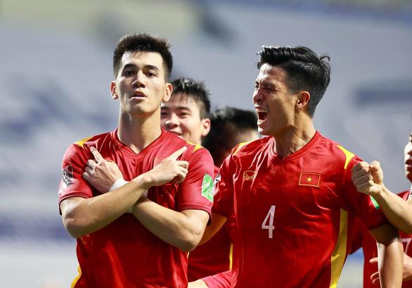 Mời bạn đọc theo dõi trận Việt Nam - Malaysia và dự đoán Cầu thủ Việt Nam xuất sắc nhất trận - Ảnh 1.