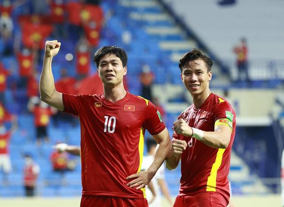 Chủ tịch nước Nguyễn Xuân Phúc chúc mừng chiến thắng của đội tuyển Việt Nam - Ảnh 1.