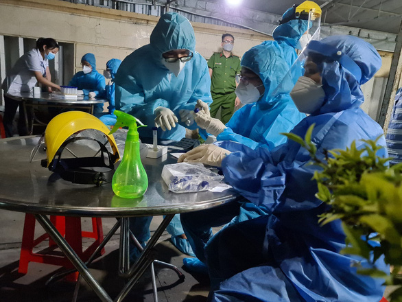 Quận Bình Tân phát hiện chuỗi lây nhiễm 8 người liên quan chung cư Ehome 3 - Ảnh 1.