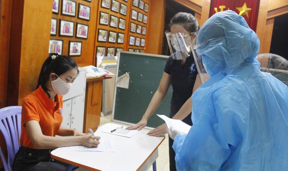 Hà Nội diễn tập các tình huống chuẩn bị cho 93.000 thí sinh thi vào lớp 10 - Ảnh 1.