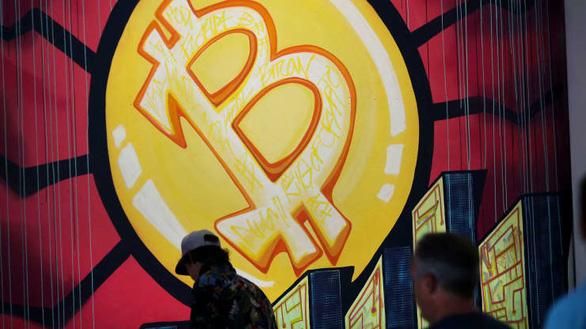 Bitcoin lại rớt giá, do Mỹ tịch thu tiền chuộc từ tin tặc? - Ảnh 1.