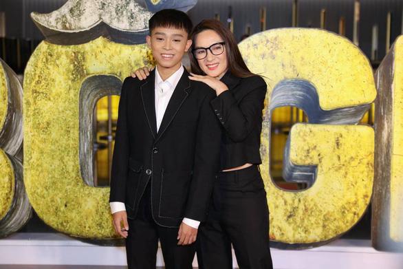 Phi Nhung vẫn đang điều trị COVID-19 ở Bệnh viện Chợ Rẫy, tin đồn không đúng sự thật - Ảnh 5.