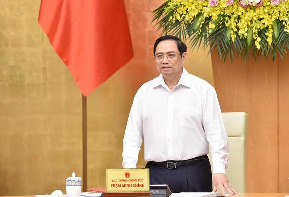 Thống nhất 2 kịch bản tăng trưởng 6-6,5%, Thủ tướng kêu gọi người dân, doanh nghiệp đồng hành - Ảnh 1.