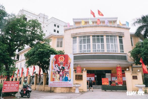 Hà Nội bắt đầu thí điểm mô hình chính quyền đô thị ở 13 quận, thị xã - Ảnh 1.