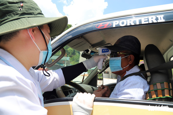 Có giấy xét nghiệm âm tính COVID-19 mới được vào tỉnh Lâm Đồng - Ảnh 1.