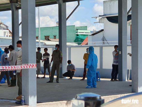 Bộ Y tế hỗ trợ Tiền Giang chống dịch, người nơi khác đến phải có xét nghiệm âm tính - Ảnh 1.