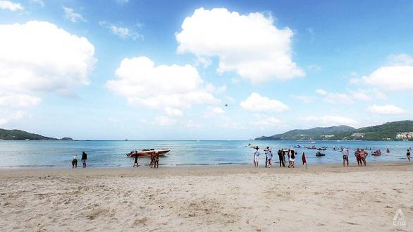 Phuket chính thức mở cửa với du khách quốc tế - Ảnh 1.