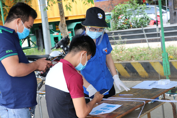 Người từ TP.HCM và các tỉnh về Tây Ninh được quản lý qua ứng dụng smartphone - Ảnh 1.