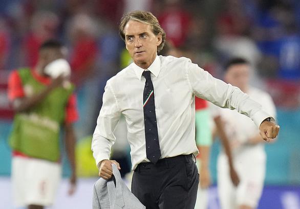 HLV tuyển Ý Roberto Mancini: Chung kết chưa đủ, phải thắng tuyển Anh mới vui - Ảnh 1.
