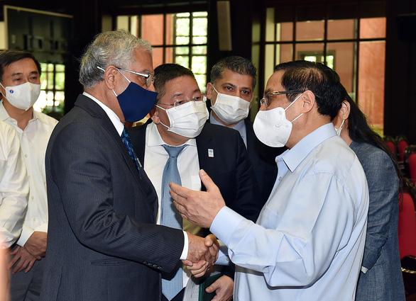 Cùng nhau quyết tâm thực hiện thành công chiến dịch tiêm chủng lớn nhất trong lịch sử - Ảnh 2.