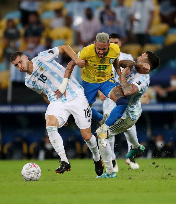 Thật buồn khi phải xem trận bóng đá như chung kết Copa America 2021! - Ảnh 3.