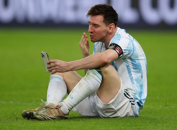 Messi: Tôi biết ơn Chúa vì đã cho tôi giây phút này - Ảnh 1.
