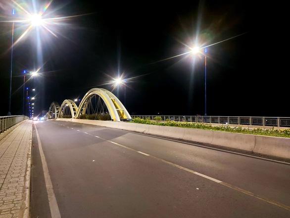 Ninh Kiều và Cái Răng, Cần Thơ đêm trước giờ G - Ảnh 4.