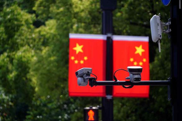 Mỹ thêm 23 thực thể Trung Quốc vào danh sách đen, Bắc Kinh kiên quyết phản đối đàn áp vô lý - Ảnh 1.