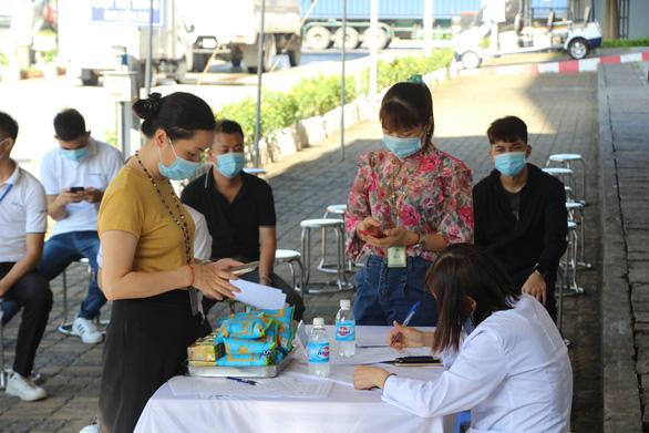 Hàng trăm ngàn công nhân Bắc Giang, Bắc Ninh trở lại xưởng nhờ chuẩn bị tốt - Ảnh 3.
